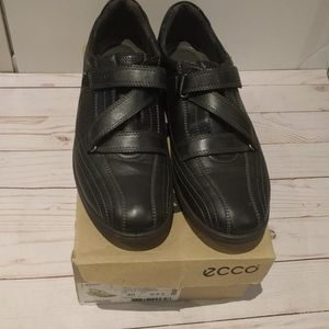 Black shoes genuine leather woman's by Ecco